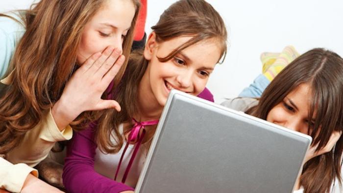Manfaat Media Sosial Untuk Perempuan