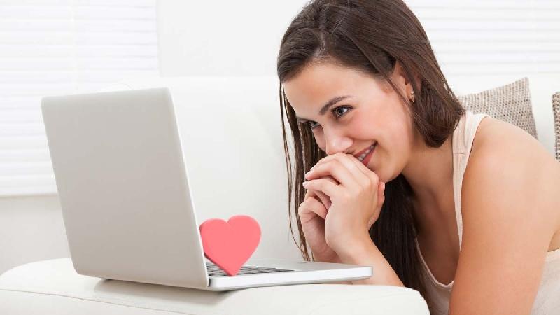 Ingin Dapat Pasangan Lewat Media Sosial?